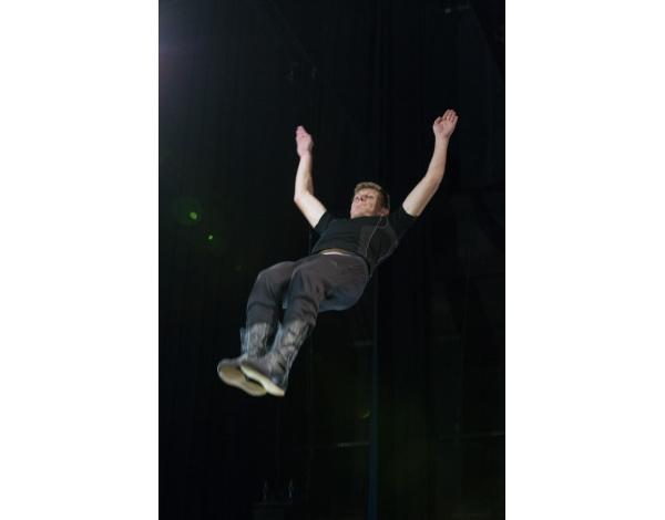 Cirque-Eloize-Saloon-Foto_Andy_Doornhein-0458