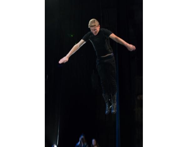 Cirque-Eloize-Saloon-Foto_Andy_Doornhein-0463