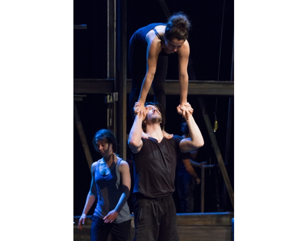 Cirque-Eloize-Saloon-Foto_Andy_Doornhein-0472