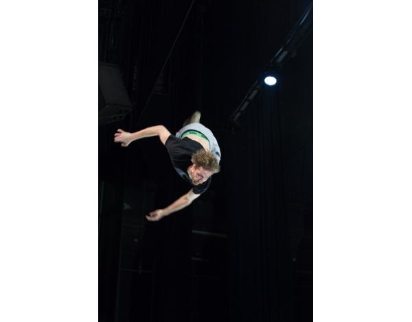 Cirque-Eloize-Saloon-Foto_Andy_Doornhein-0484