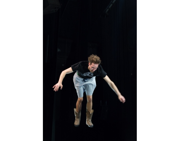Cirque-Eloize-Saloon-Foto_Andy_Doornhein-0485