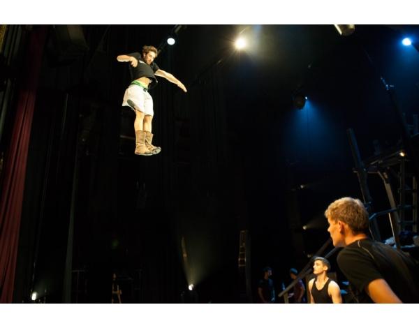 Cirque-Eloize-Saloon-Foto_Andy_Doornhein-3642