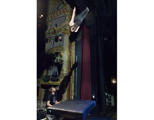 Cirque-Eloize-Saloon-Foto_Andy_Doornhein-3784