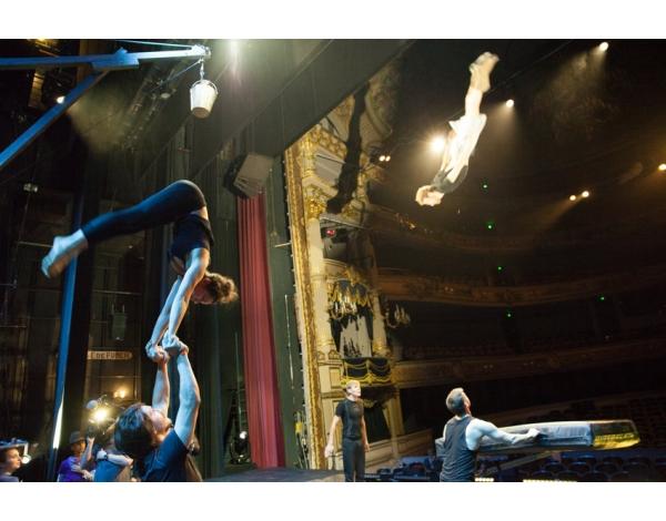 Cirque-Eloize-Saloon-Foto_Andy_Doornhein-3844
