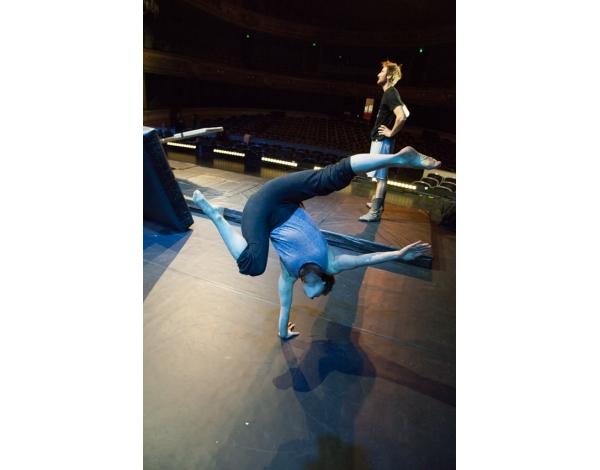 Cirque-Eloize-Saloon-Foto_Andy_Doornhein-3847