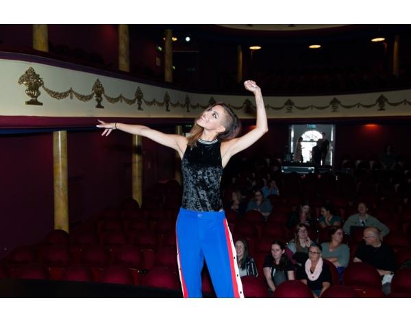 Perpresentatie_TheaterTour_Lakshmi_Amsterdam_16-05-2018l_Gwendolyne-1980