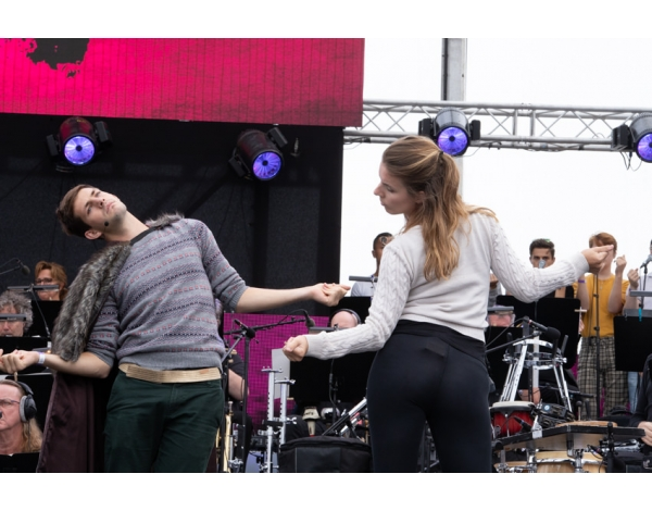 Musical-sing-a-long-uitmarkt-2018-repetities_foto-Andy-Doornhein-1156