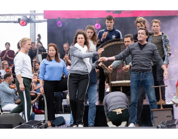 Musical-sing-a-long-uitmarkt-2018-repetities_foto-Andy-Doornhein-1170