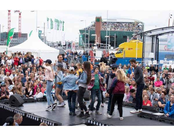 Musical-sing-a-long-uitmarkt-2018-repetities_foto-Andy-Doornhein-1187