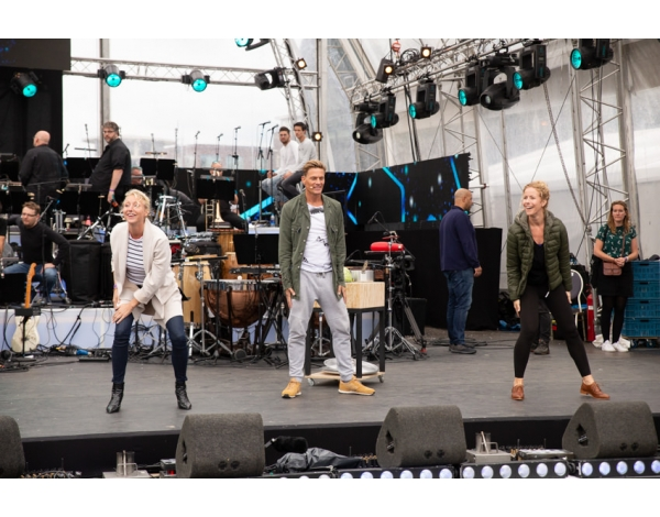 Musical-sing-a-long-uitmarkt-2018-repetities_foto-Andy-Doornhein-1192