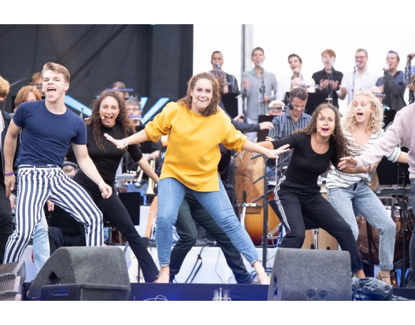 Musical-sing-a-long-uitmarkt-2018-repetities_foto-Andy-Doornhein-1254
