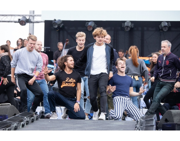 Musical-sing-a-long-uitmarkt-2018-repetities_foto-Andy-Doornhein-1257
