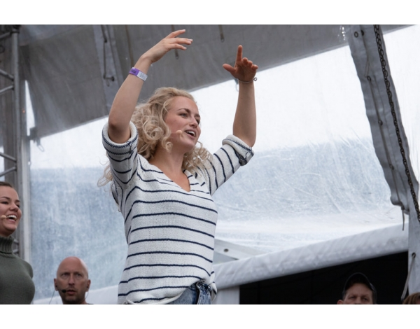 Musical-sing-a-long-uitmarkt-2018-repetities_foto-Andy-Doornhein-1260