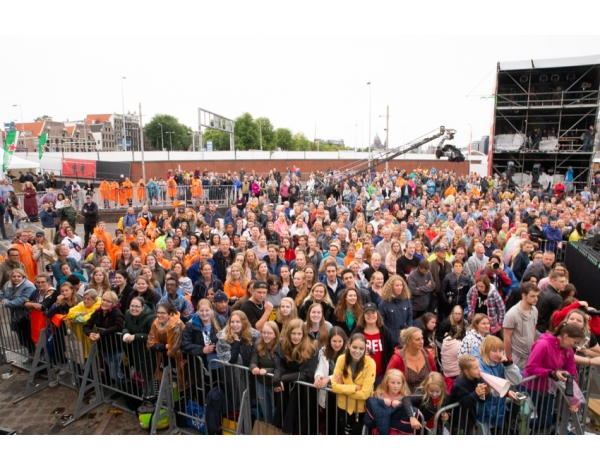 Musical-sing-a-long-uitmarkt-2018-repetities_foto-Andy-Doornhein-1280