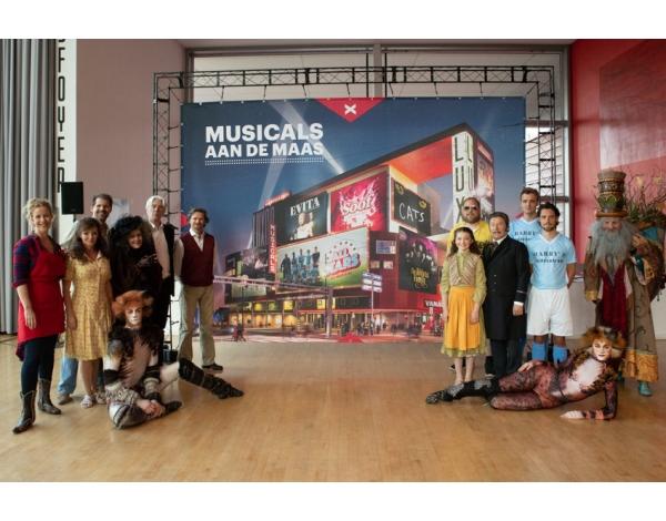 Musicalpresentatie-Nieuwe_Luxor_Rotterdam_foto_Andy_Doornhein-250
