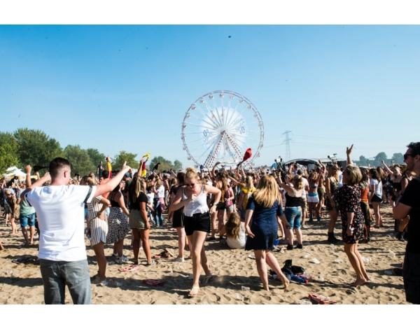 Strandfestival_Zand_Almere_22-08-2019k_Gwendolyne-2830