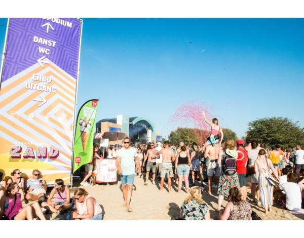 Strandfestival_Zand_Almere_22-08-2019k_Gwendolyne-2846