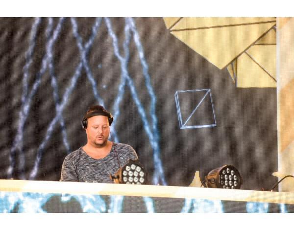 Strandfestival_Zand_Almere_22-08-2019l_Gwendolyne-6176